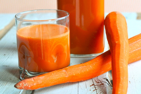 Cantaloupes, Carrots, and Celery Smoothie