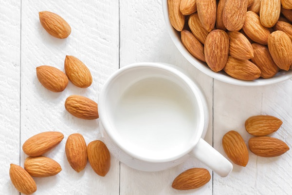 Milk And Almond Face Mask