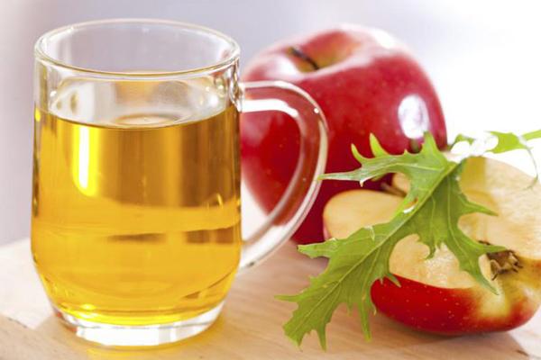Mixture Of Vinegar and Apple