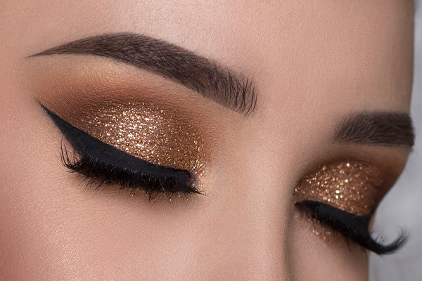 Learning How To Put On Eye Makeup Does Not Have Be A Problematic Process Either Here Are Numerous Key Steps Make Your Wedding Or Prom Images Truly