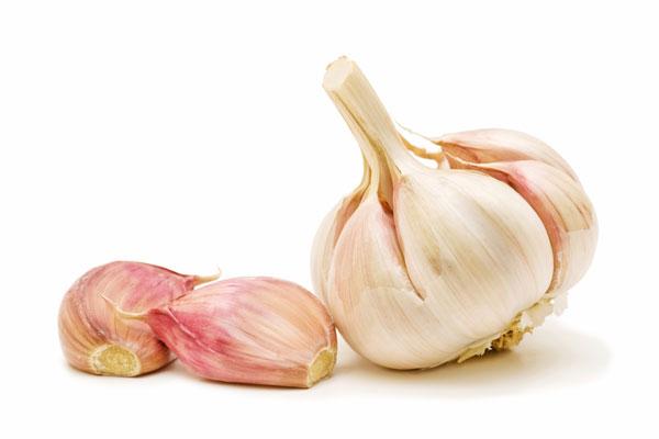 Garlic reduce cholesterol