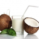 Make Your Own Coconut Milk In 5 Minutes