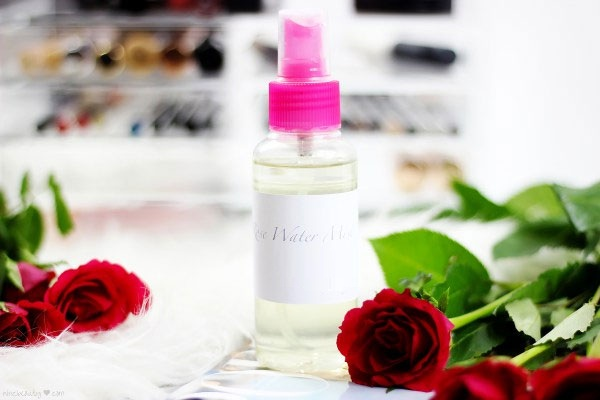 Rose water mist