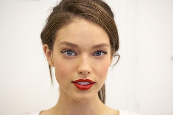 blue-based red lipstick